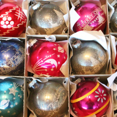 The History Of Shiny Brite Ornaments